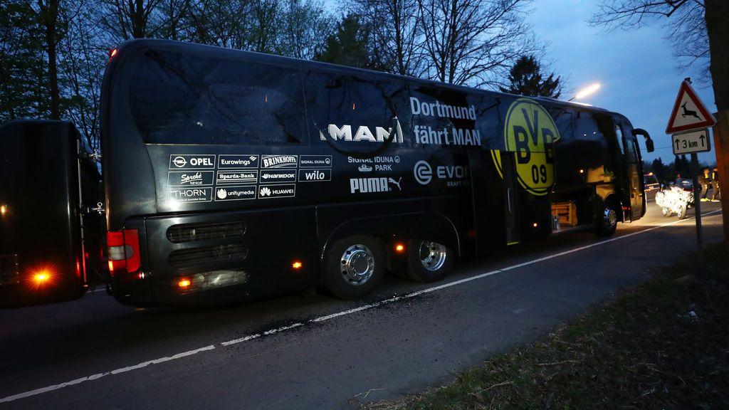 Marc Bartra, fuera de peligro tras la explosión junto al autobús del Borussia de Dortmund