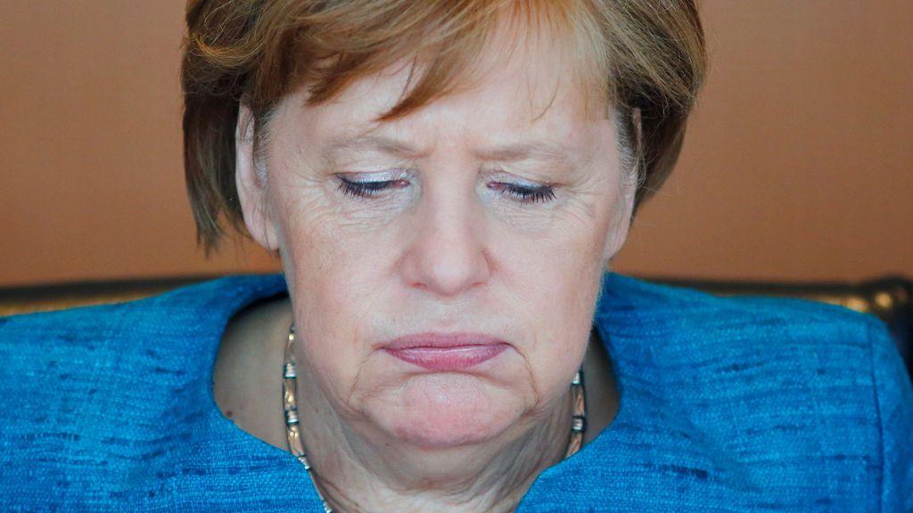 """Merkel condena el """"repugnante"""" ataque contra el autobús del Borussia Dortmund"""