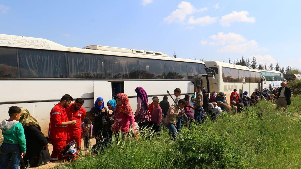 100 muertos en el atentado contra el convoy de evacuados a las afueras de Alepo