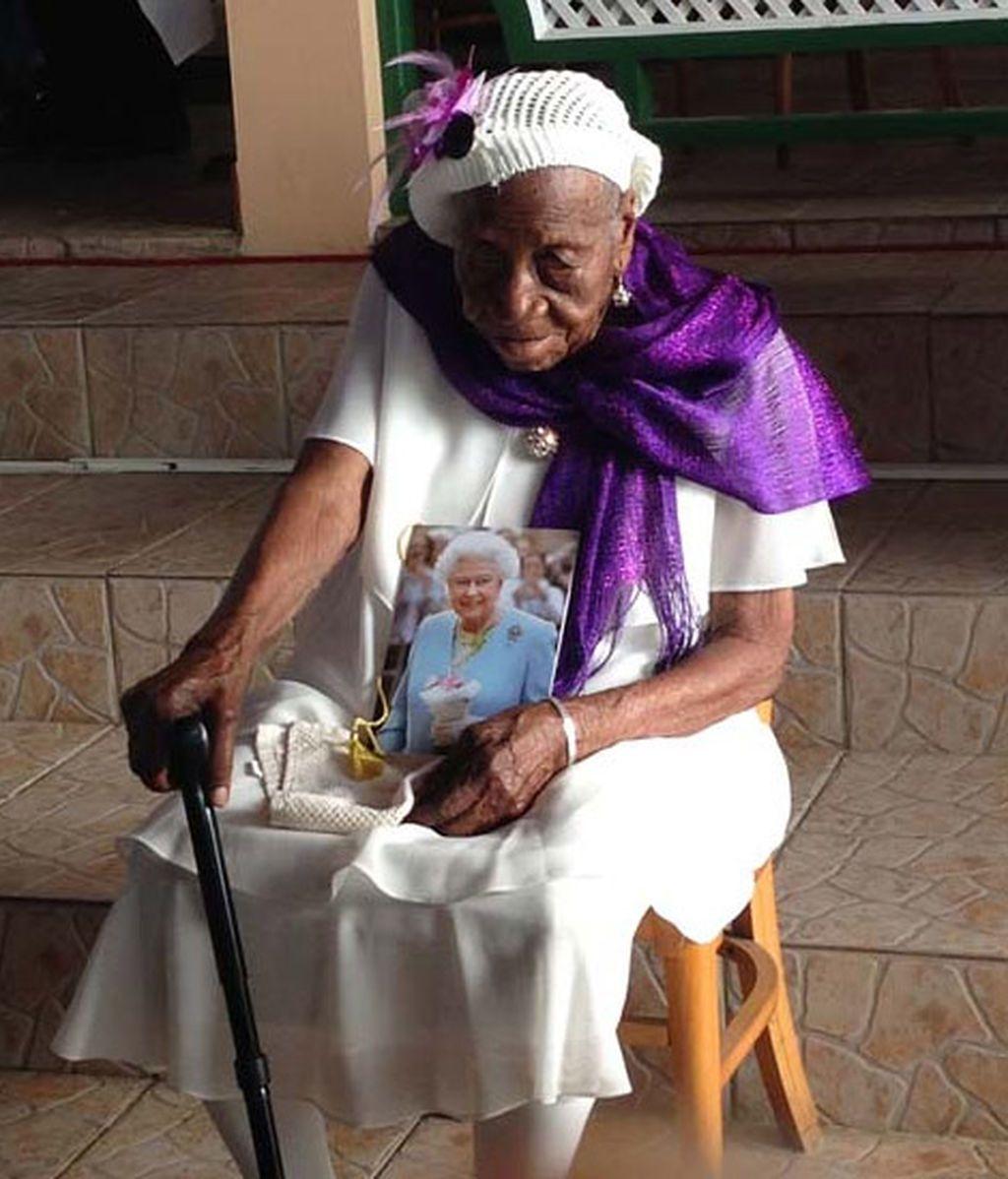 Violet, la persona más longeva del mundo