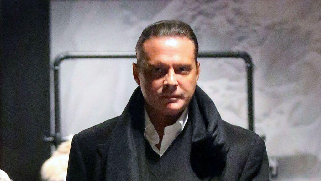 Luis Miguel bajo una orden de arresto