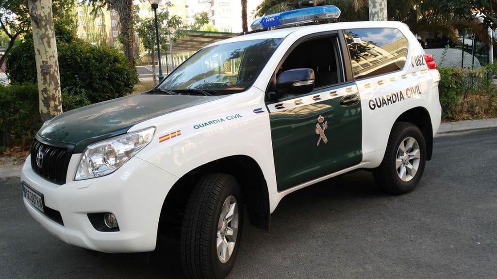 La Guardia Civil detiene a un hombre por la muerte de su compañero de piso en Pilas