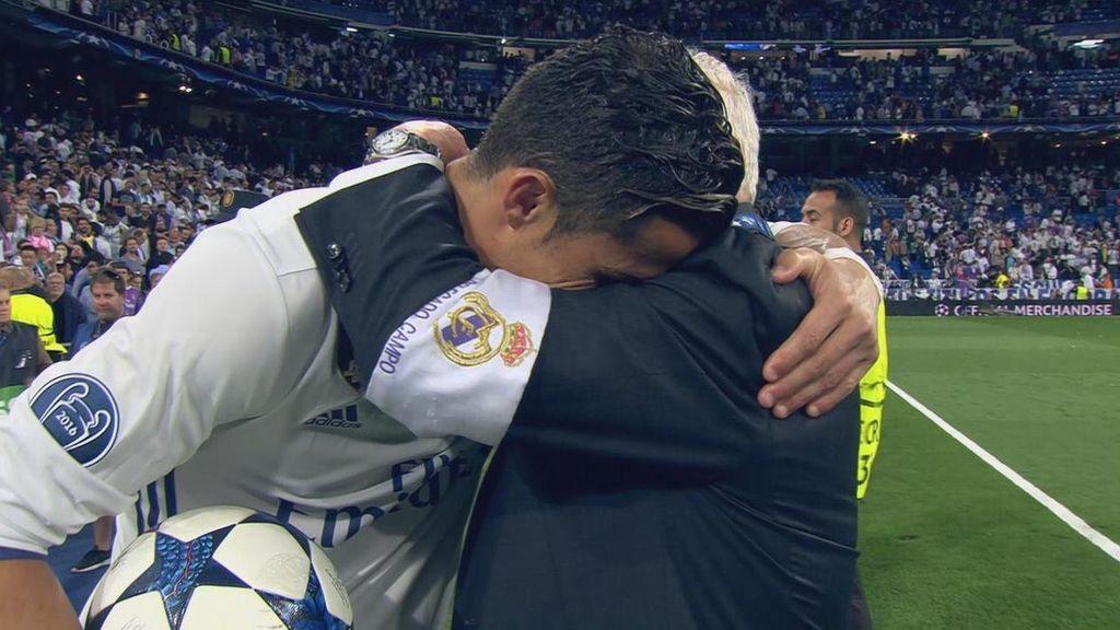 Cristiano Ronaldo emocionó al madridismo con su emotivo abrazo a Herrerín