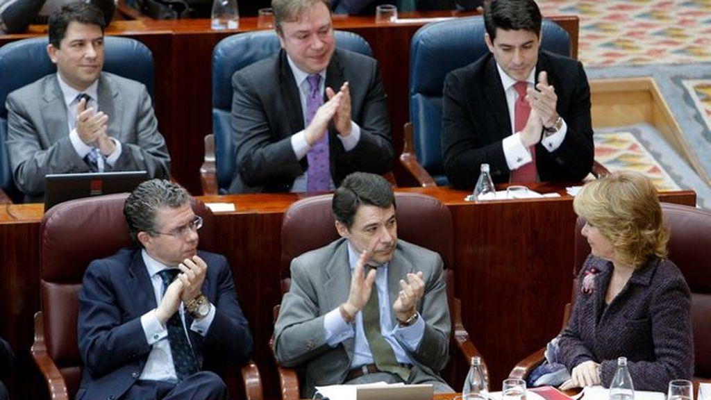 """La oposición asegura que al PP le """"estalla la corrupción por los cuatro costados"""""""