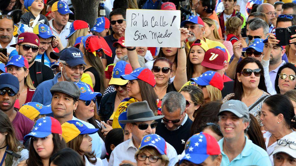 El exilio venezolano en Miami protesta contra Maduro