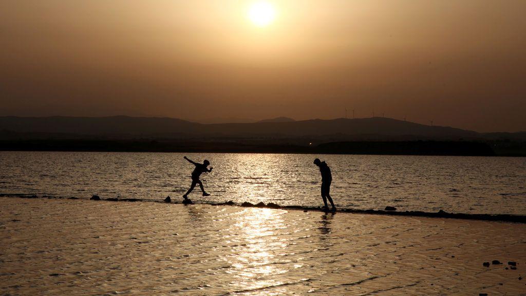 Lago de Larnaca en Chipre
