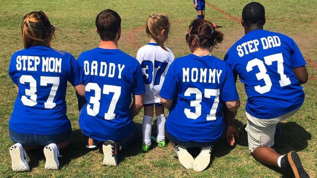 El sueño de Maelyn, cumplido: juntar a sus padres divorciados, y a sus nuevas parejas, en un partido de fútbol