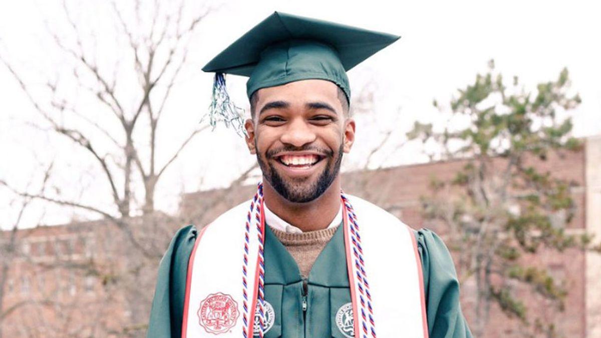 Su padrastro le dijo que nunca se graduaría y esto es lo que pasó cuatro años después