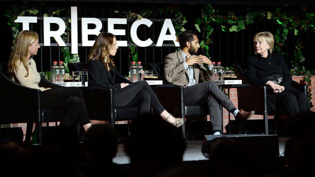 Hillary Clinton reaparece por sorpresa en el Festival de Cine de Tribeca