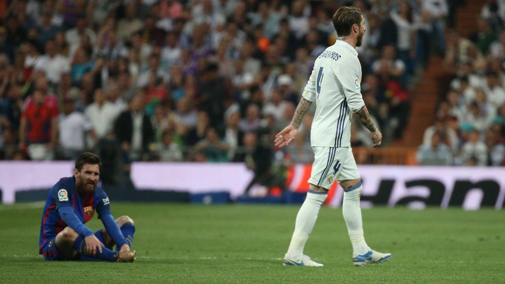 """El recadito de Sergio Ramos a Piqué sobre el césped tras ser expulsado: """"Ahora habla"""""""