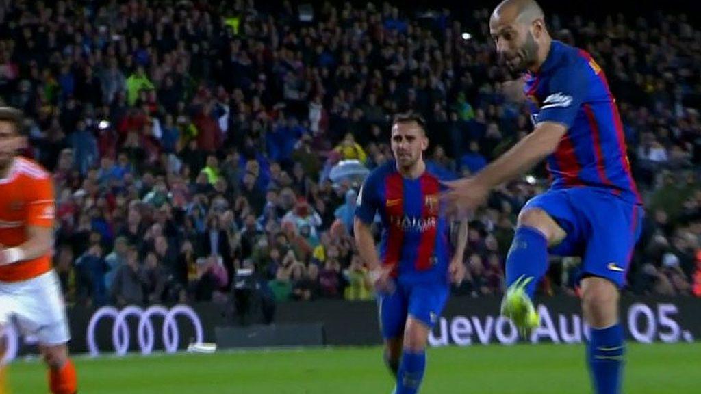 Y a la séptima temporada… ¡Mascherano marcó gol con el Barcelona!