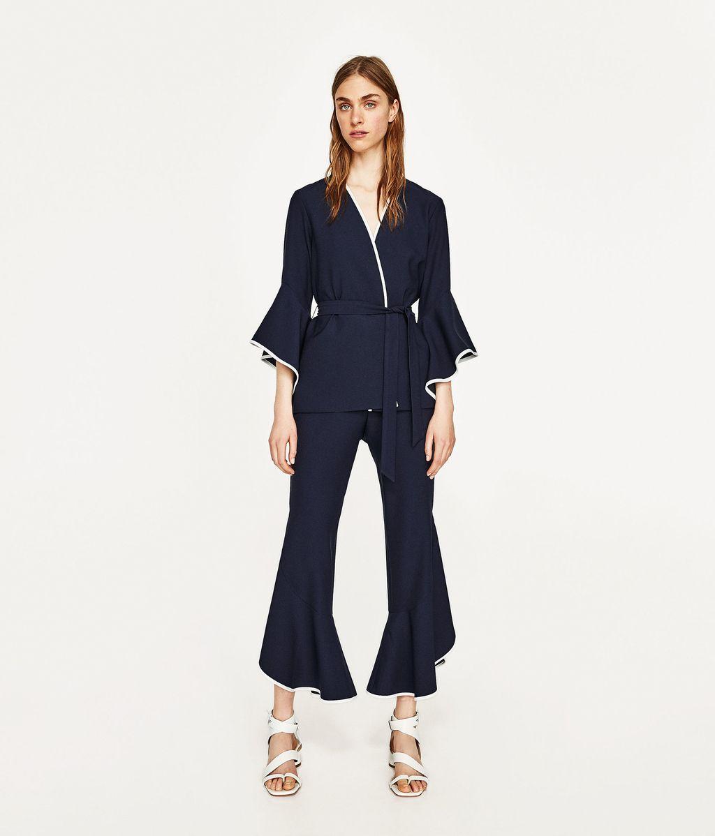 Chaqueta y pantalón con volante de Zara