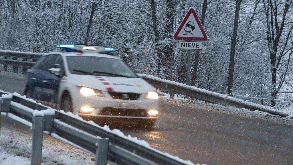 Un total de 14 provincias en alerta por nevadas o por fuerte oleaje
