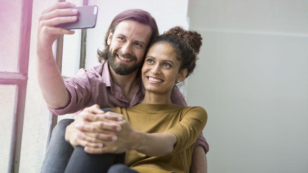"""El selfie de una pareja que causa """"terror"""" en la Red"""