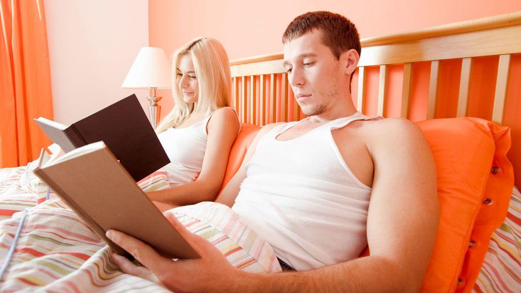 Cuatro beneficios de leer antes de dormir