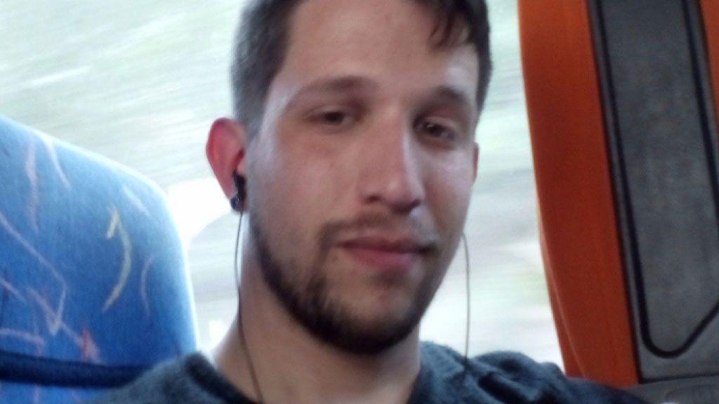 """El """"chico del tranvía"""", amenazado por teléfono"""