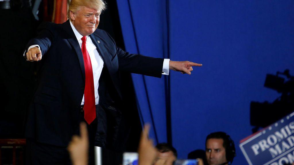 Trump ataca a la prensa para desviar la atención de la cena de corresponsales