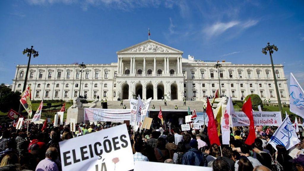 """Los sindicatos portugueses amenazan con una huelga general si no hay un """"giro a la izquierda"""""""