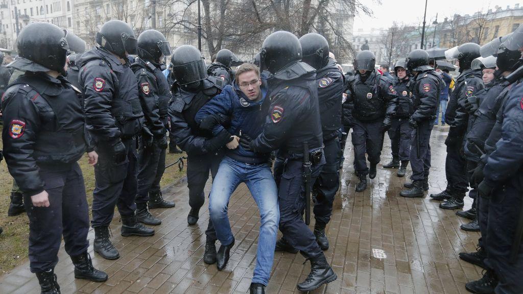 Rusia se manifiesta contra la posible reelección de Putin