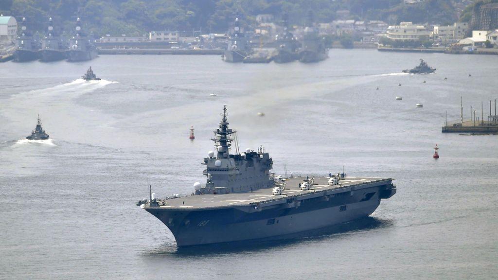 Japón despliega por primera vez su mayor buque de guerra para escoltar a EEUU