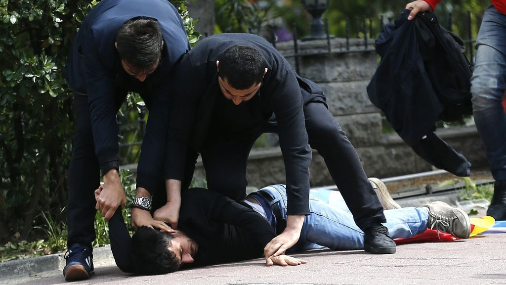 Disturbios en Estambul en el Día del Trabajo