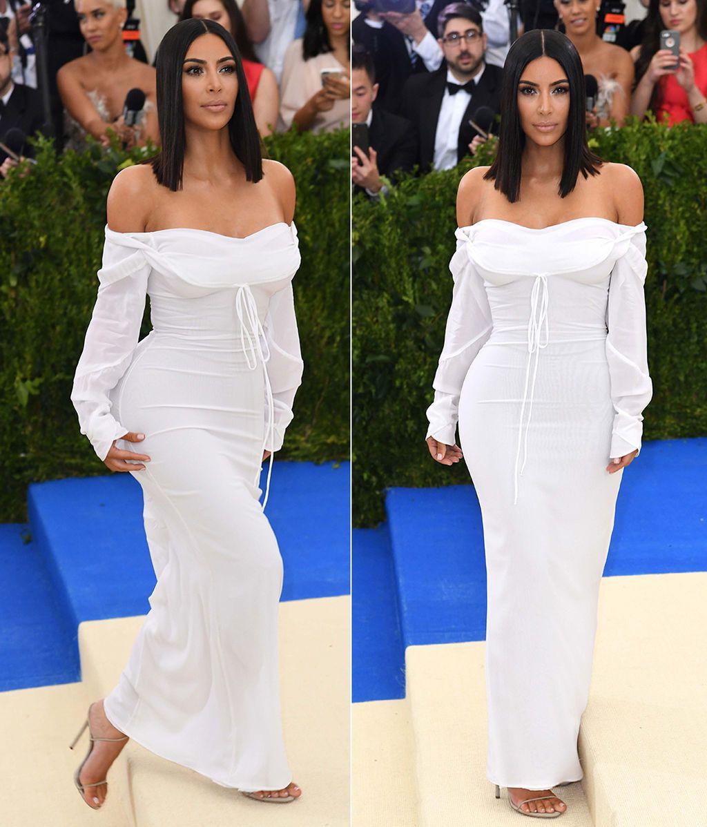 Kim Kardashian con vestido de Vivienne Westwood