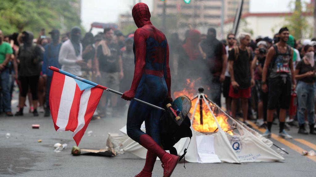Spiderman se manifiesta en Puerto Rico