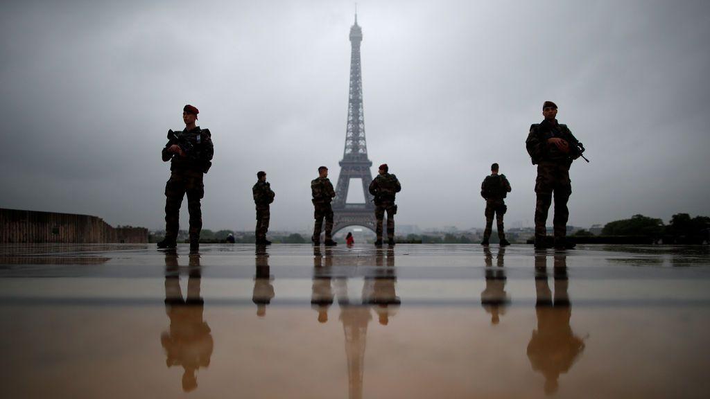 """Plan de seguridad """"Sentinelle"""" en París"""