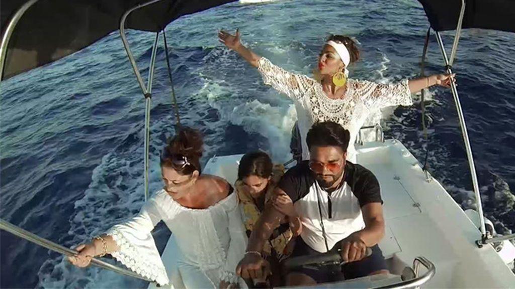 "Marisol, antes de subirse a un barco: ""Pensé que el chaleco salvavidas era un babero"""