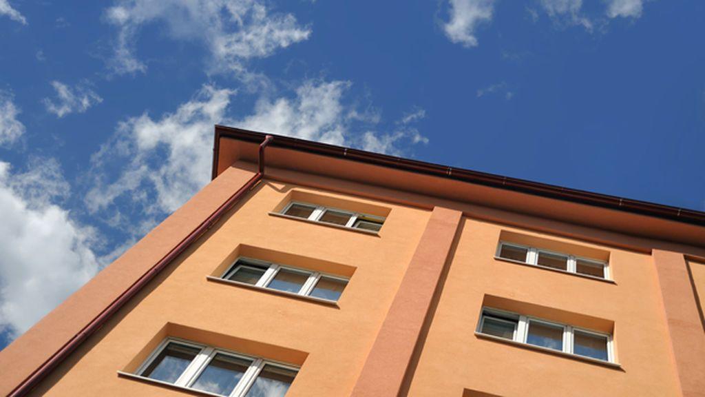 En estado grave una niña que cayó de un tercer piso en A Coruña