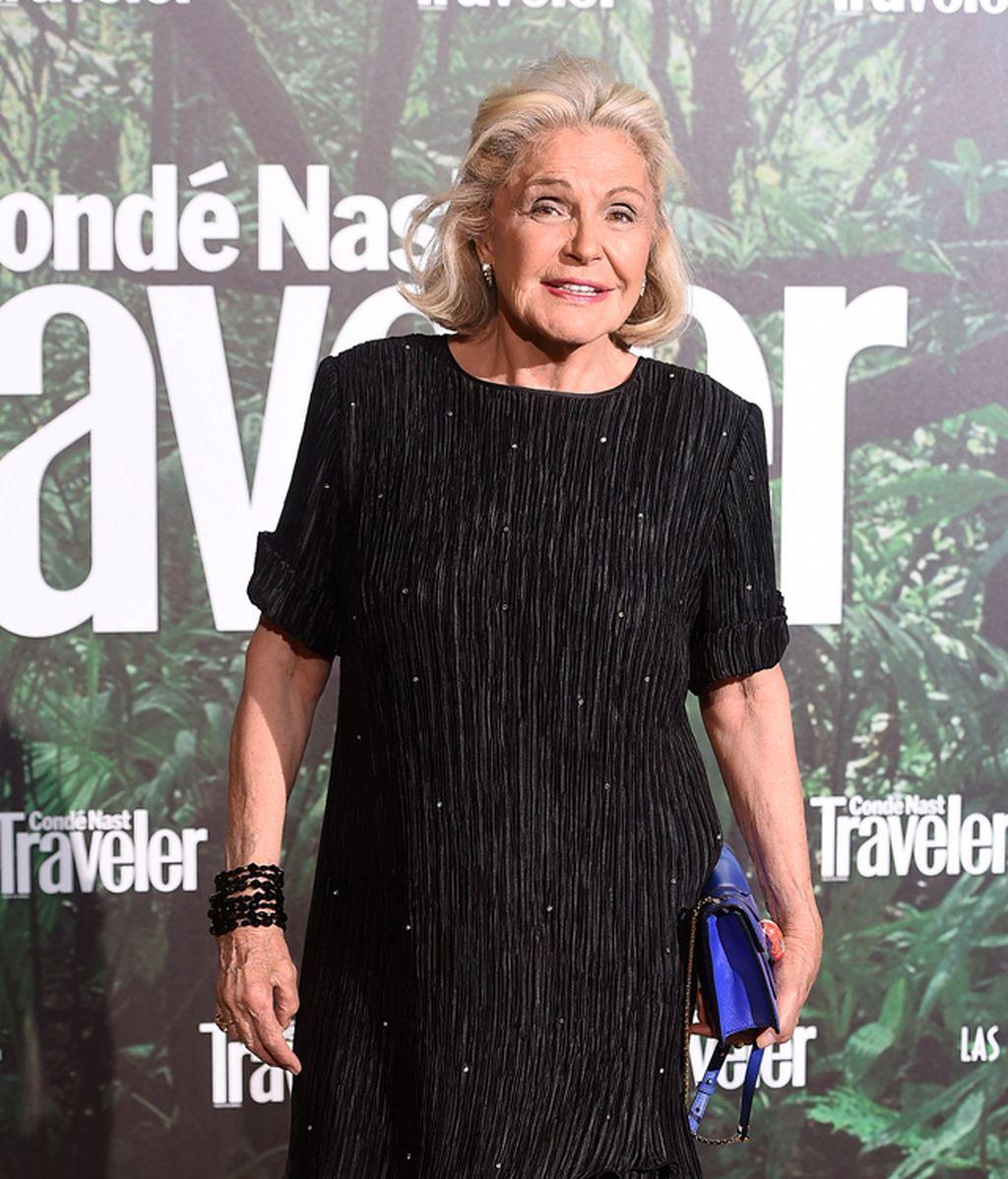 Bar Rafaeli embarazada y con su madre, Ana Fernández o Marta Etura en los Premios Traveler