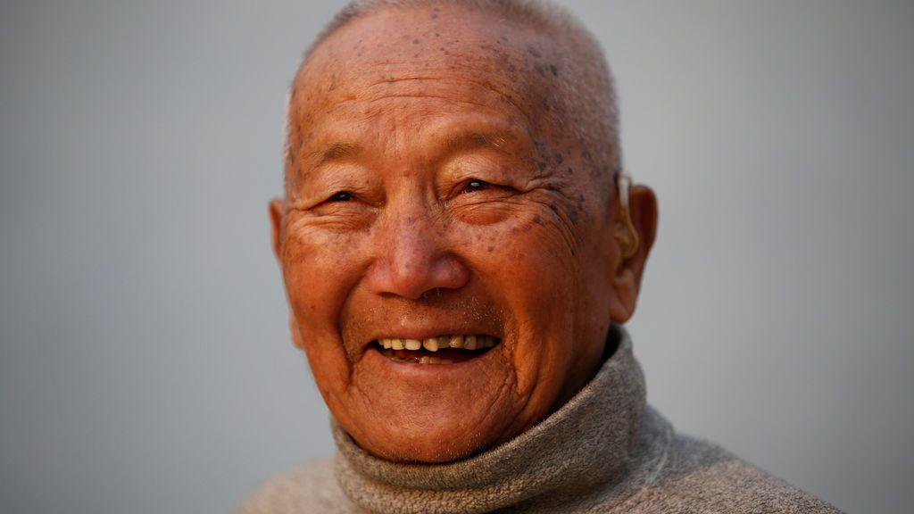 Muere a los 85 años intentando conquistar la cima del Everest