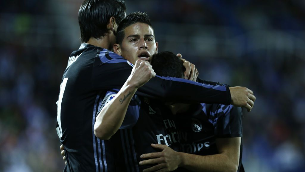 El Real Madrid pasa por encima del Granada y se consolida en el liderato (0-4)
