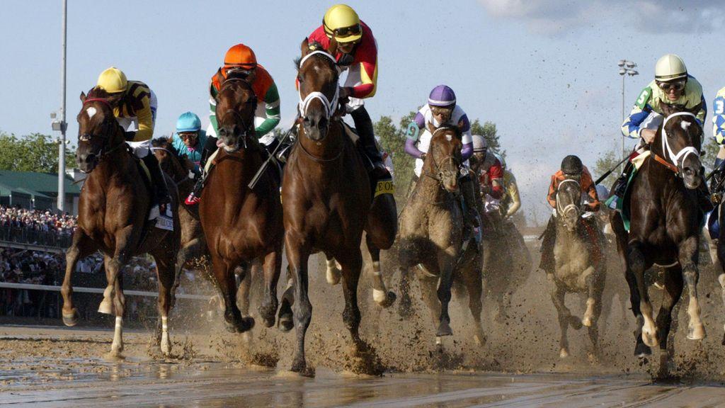 El Derby de Kentucky sobre el barro