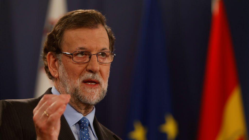 Rajoy felicita a Macron por su victoria en las presidenciales de Francia