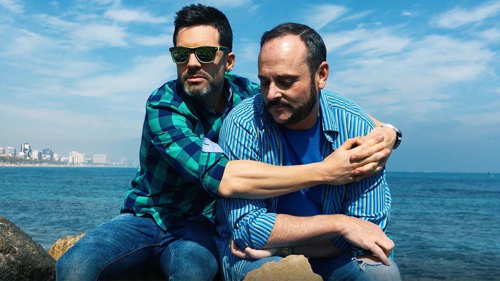 Muchamiel: Despliegue de piropos de Nacho Montes y Roger Gonsalbez