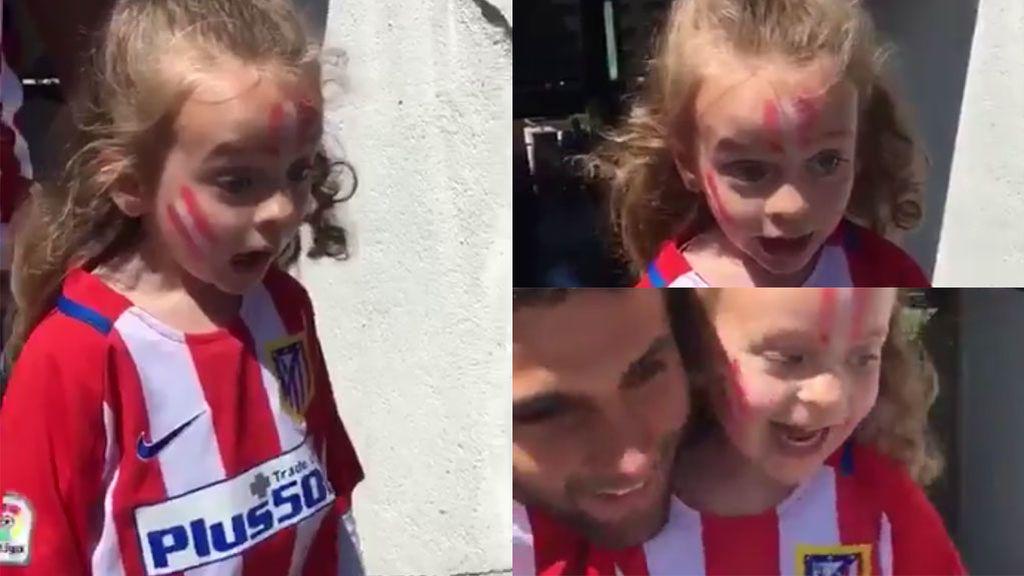 Ni conjuras, ni tifos: el vídeo de una niña en el Calderón con el que se inspira el Atlético