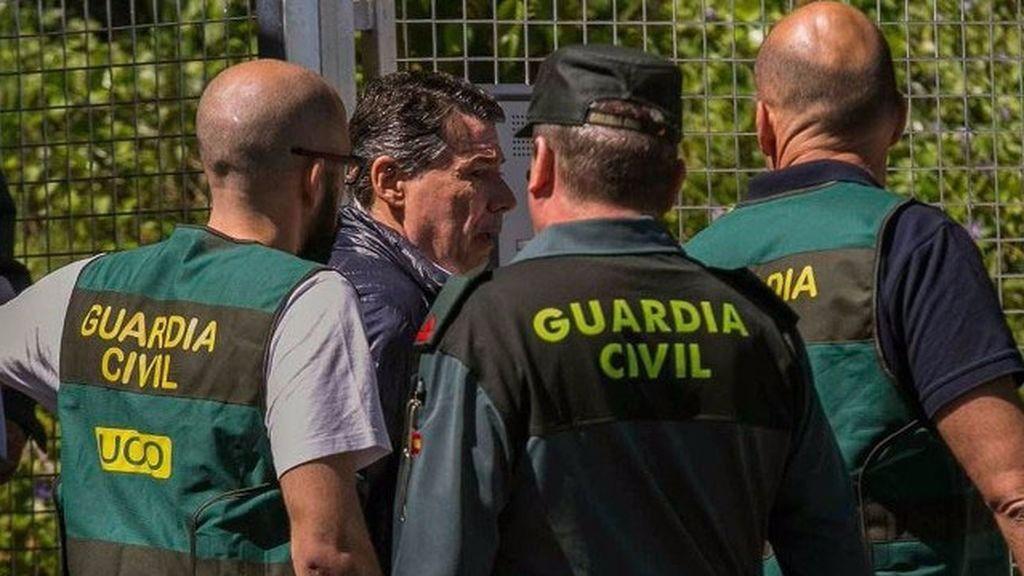 González recurrió a alguien de Justicia, Fiscalía y Policía para lograr impunidad