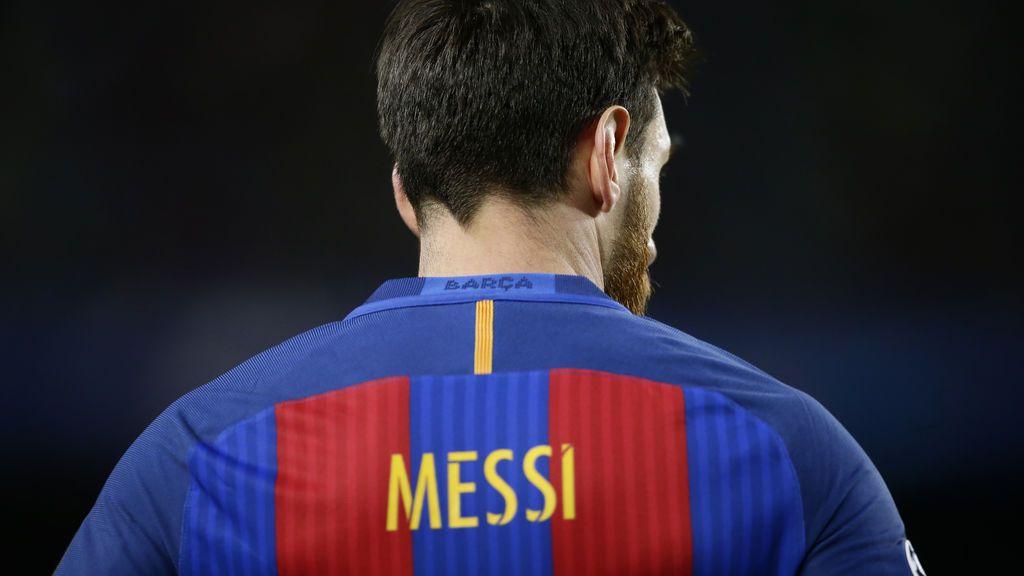 Raúl, Casillas, Totti, Henry… Messi descubre la impresionante colección de camisetas que ha intercambiado