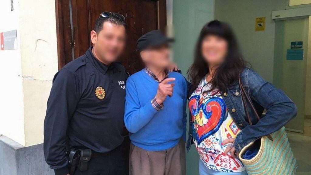 Localizan en Murcia a un anciano desorientado que había salido de Fuenlabrada en coche para comprar vino