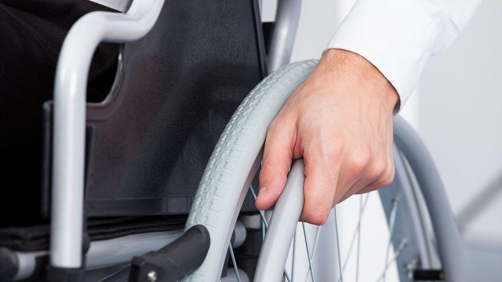 Una madre obligó a sus hijos a usar sillas de ruedas y fingir enfermedades durante años