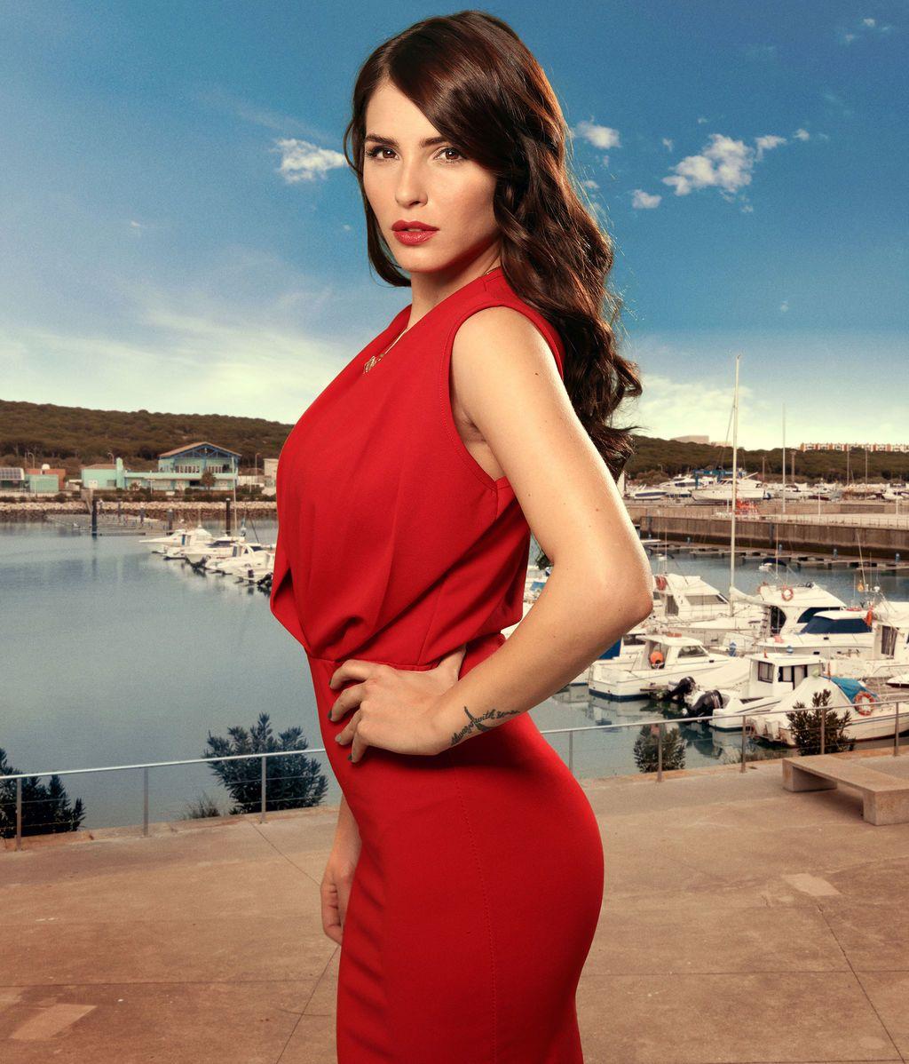 Claudia (Andrea Duro)
