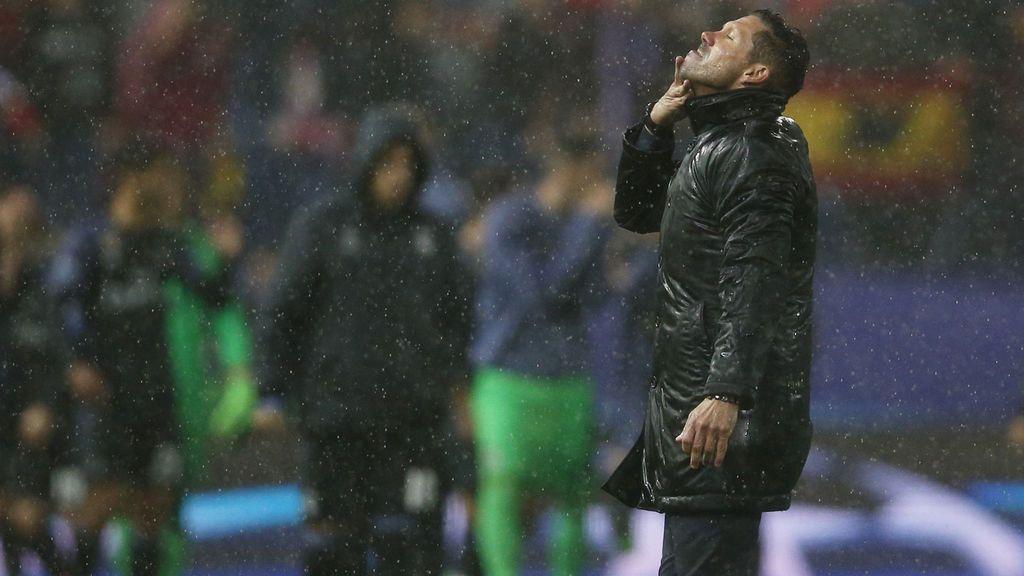 La última noche de Champions en el Calderón: Neptuno despide al Atlético con orgullo