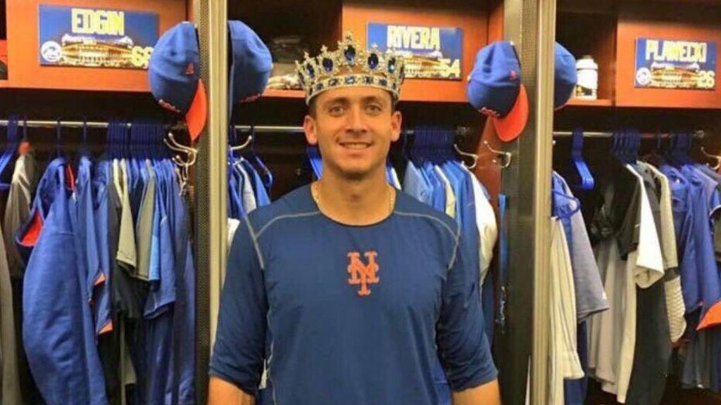 Cuelan un consolador en la taquilla de un jugador de los Mets... ¡y la suben a Twitter!