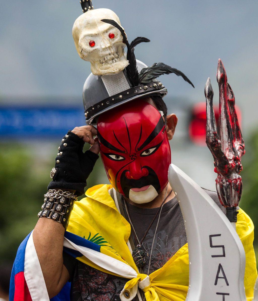 Peculiar manifestante en Caracas