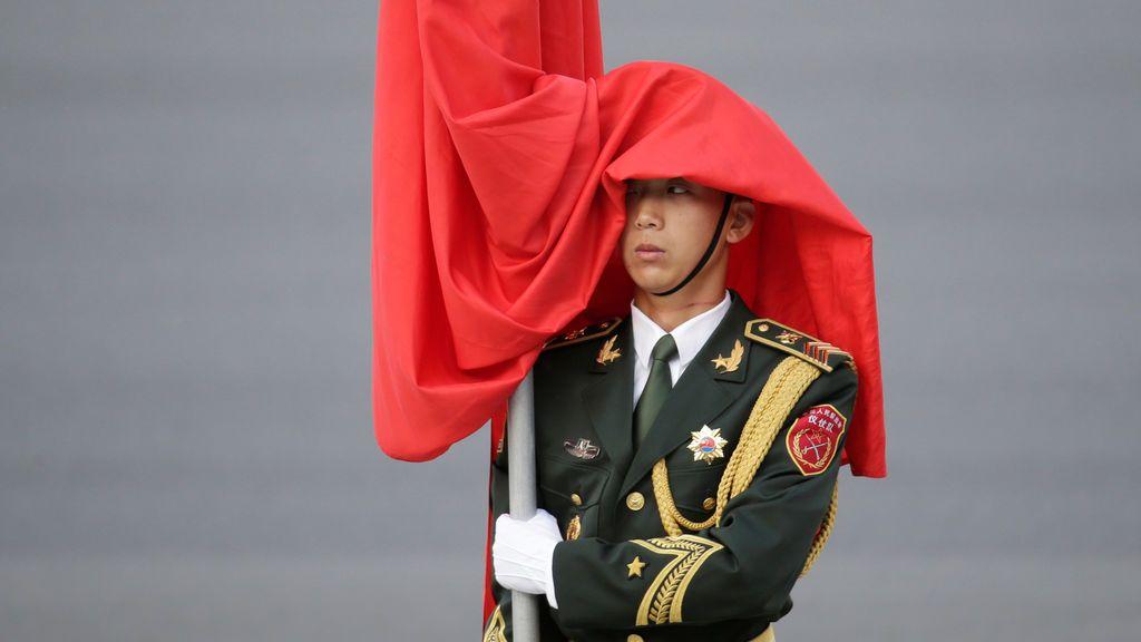 Ceremonia de bienvenida para el presidente de Uzkebistán