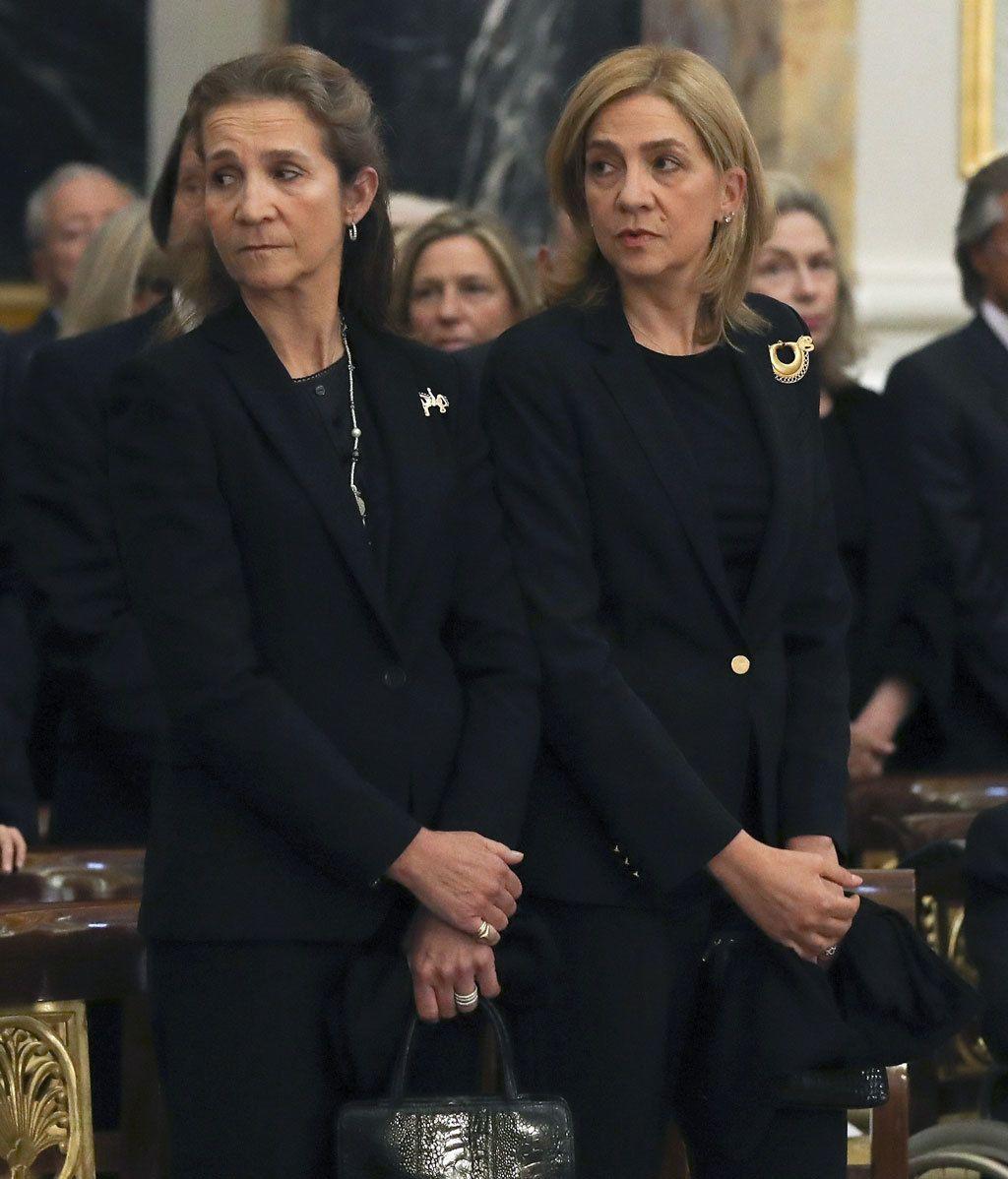 La familia real, unida de nuevos: la infanta Cristina regresa a la vida pública en el funeral por Alicia de Borbón
