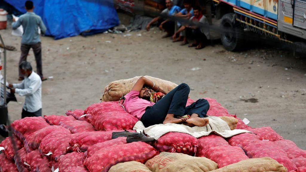 Día a día en el mercado de Jammu, India