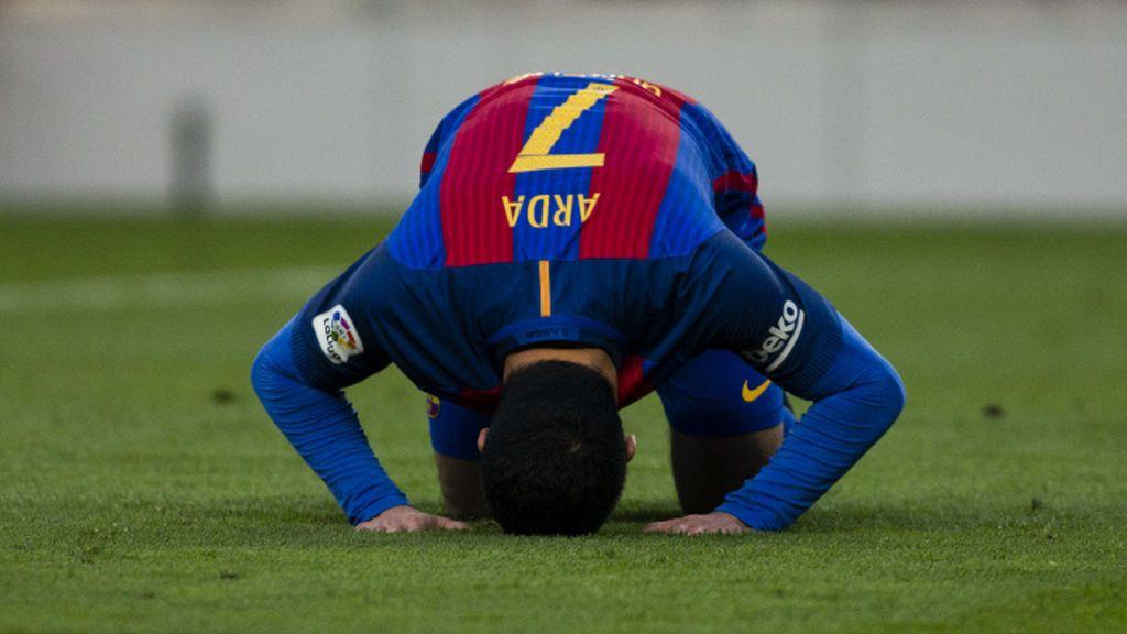Un influyente clérigo musulmán denuncia ante la FIFA que los futbolistas cristianos hagan la señal de la cruz en sus celebraciones