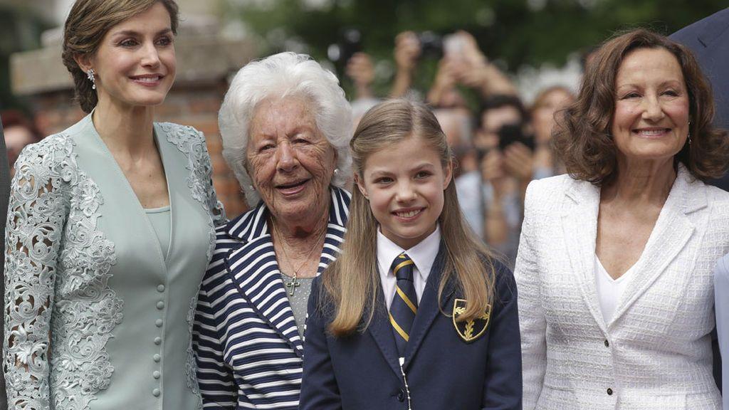 Cuatro generaciones juntas en un día muy especial